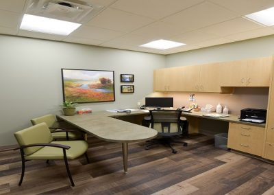 Private office space in dental clinic